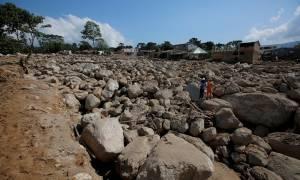 Τραγωδία δίχως τέλος: Ξεπέρασαν τους 300 οι νεκροί στην Κολομβία από την κατολίσθηση λάσπης (vid)