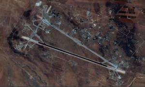 Επίθεση των ΗΠΑ στη Συρία: «Σχεδόν ολοσχερώς» καταστράφηκε η βάση – Τουλάχιστον πέντε νεκροί