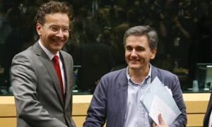 Επιστρέφουν οι θεσμοί στην Αθήνα – «Λευκός καπνός» στο Eurogroup