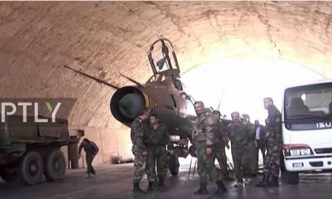 Επίθεση ΗΠΑ στη Συρία: Σπάνιο βίντεο από την αεροπορική βάση πριν βομβαρδισθεί