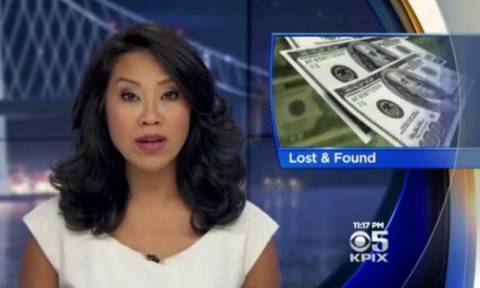 Μαθητής βρήκε ένα πορτοφόλι με 2.300 δολάρια. Η αντίδραση της μητέρας του; (video)