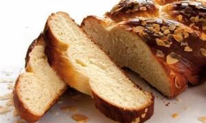 Αυτή είναι η καλύτερη συνταγή για πασχαλινά τσουρέκια - Ποιο το μυστικό της επιτυχίας