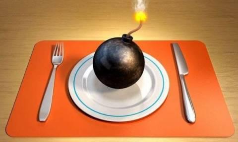 Καούρες: Ποιες τροφές την εντεινουν και ποιες σας ηρεμούν
