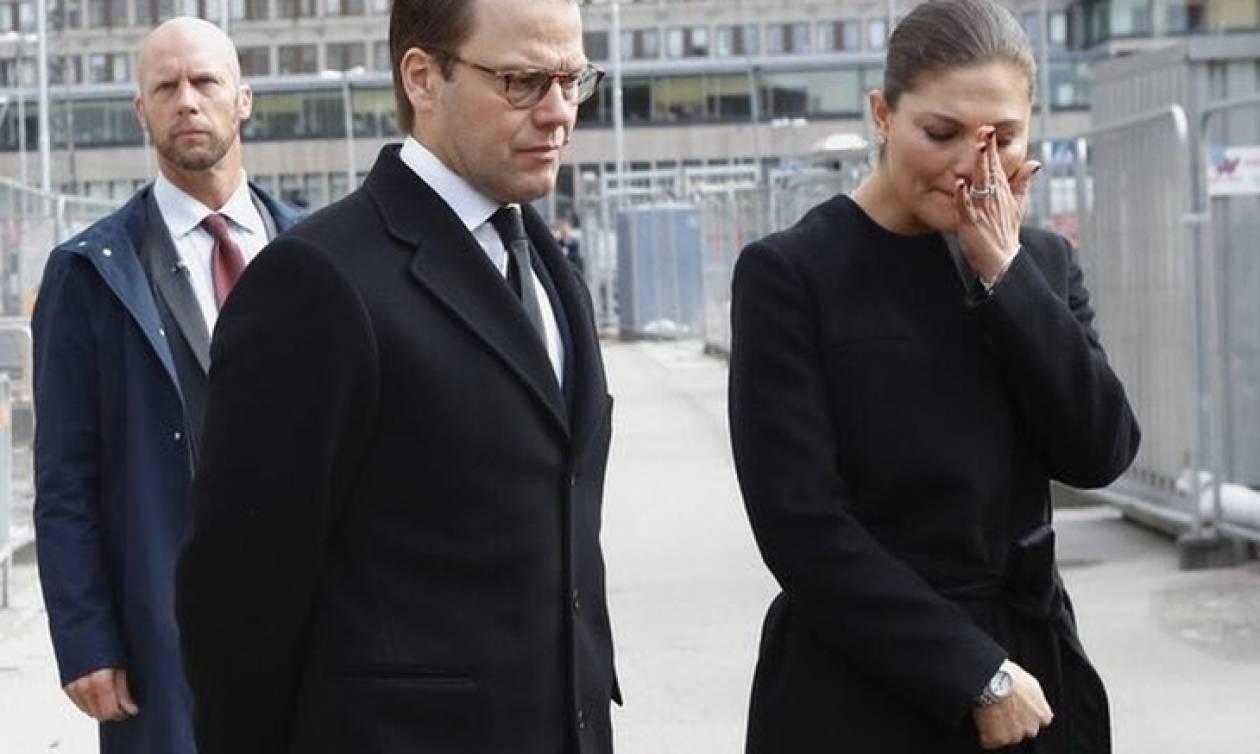 Στοκχόλμη: Η πριγκίπισσα Βικτώρια ξεσπά σε κλάματα (pics)