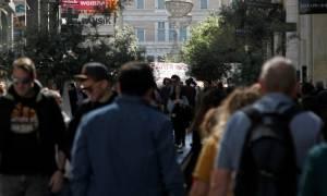 Πάσχα 2017: Με το «σταγονόμετρο» αγοράζουν οι καταναλωτές(vid)