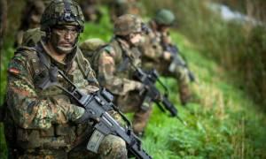 Σάλος στη Γερμανία από δεκάδες κρούσματα νεοναζισμού στον γερμανικό στρατό