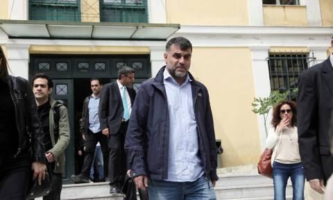 Ελεύθερος αφέθηκε ο δημοσιογράφος Κώστας Βαξεβάνης