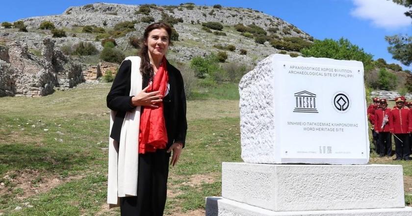 Έγραψαν λάθος την επιγραφή της UNESCO για τους Φιλίππους! (video+pics)