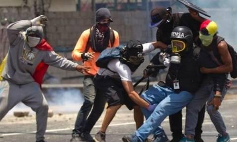 Βενεζουέλα: Δεύτερος νεκρός στις αντικυβερνητικές διαδηλώσεις