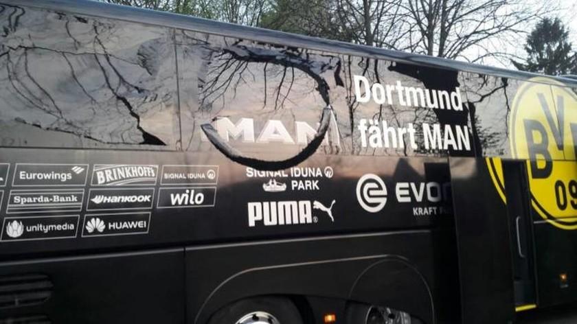 ΣΟΚ στη Γερμανία: Εκρήξεις δίπλα στο πούλμαν της Ντόρτμουντ - Αναβάλλεται ο αγώνας με τη Μονακό