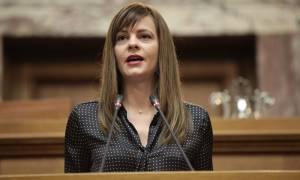 Αχτσιόγλου: Αν πέρναγε από το χέρι της ΝΔ οι συλλογικές διαπραγματεύσεις δεν θα επανέρχονταν