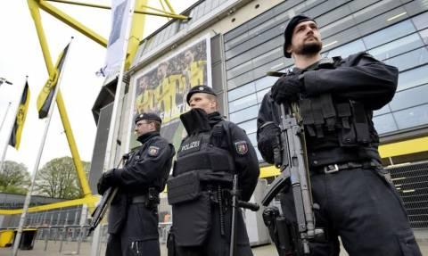 Συναγερμός από ύποπτα δέματα στο γήπεδο της Ντόρτμουντ