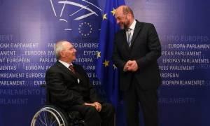 Ο Σόιμπλε «γλεντάει» τον Σουλτς: Η Ελλάδα πρέπει να εφαρμόσει μεταρρυθμίσεις, καλώς ήρθες στο κλαμπ!