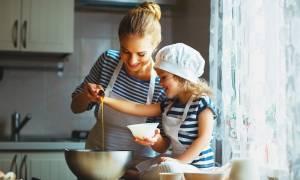 Πέντε χρήσιμες συμβουλές για να «ελαφρύνετε» τις συνταγές του Πάσχα