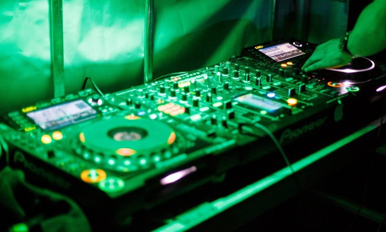 Ποινή φυλάκισης για Βρετανό DJ που διασκεύασε χορευτικά γνωστό θρησκευτικό ύμνο