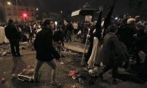 Πανικός στη Σεβίλλη: Ποδοπατήθηκαν στον Επιτάφιο λόγω κακόγουστης φάρσας (pics+vid)