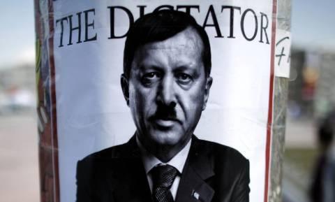 Δημοψήφισμα Τουρκία-Ιταλία: «Όποιο κι αν είναι το αποτέλεσμα πρέπει να τελειώνουμε με τον Έρντογαν»