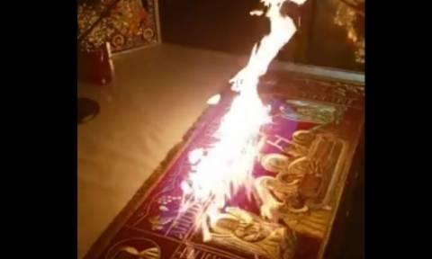 Ιερέας έβαλε φωτιά στην Αγία Τράπεζα (vid)