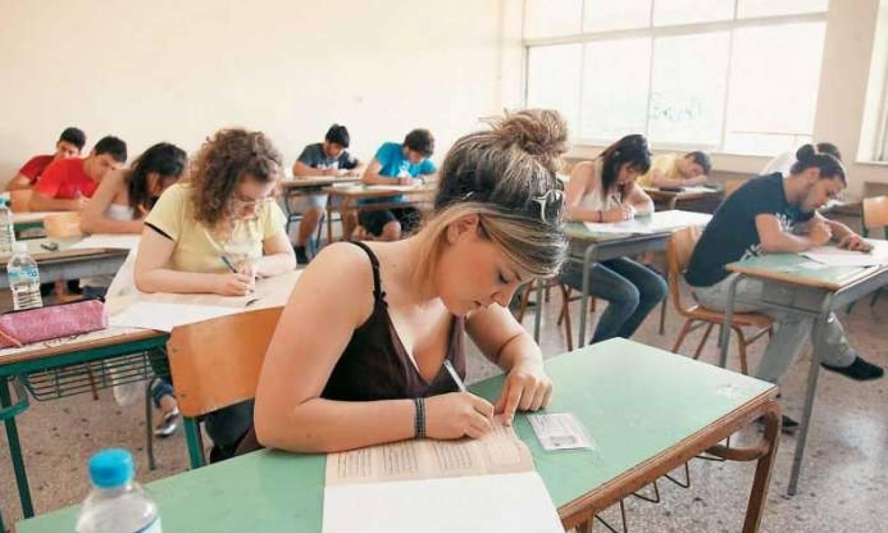 Πανελλήνιες 2017: Στην τελική ευθεία για τις εξετάσεις οι μαθητές των λυκείων