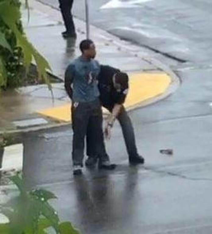 ΤΩΡΑ: Συναγερμός στην Καλιφόρνια - Ένοπλος σκότωσε τρεις ανθρώπους (pics)