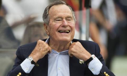 Ξανά στο νοσοκομείο ο πρώην πρόεδρος των ΗΠΑ Τζορτζ Μπους ο πρεσβύτερος