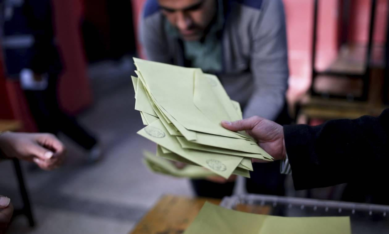 Τουρκία: Σήμερα η τελική απόφαση σχετικά με τις προσφυγές για ακύρωση του δημοψηφίσματος