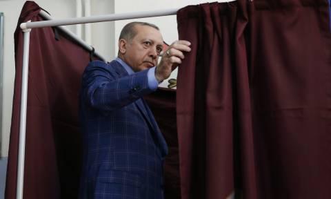 Τουρκία: Και η φιλοκουρδική αντιπολίτευση κατέθεσε προσφυγή για ακύρωση του δημοψηφίσματος