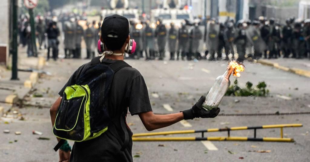 Χάος στη Βενεζουέλα: Τρεις διαδηλωτές νεκροί στον απόηχο της «μητέρας όλων των διαδηλώσεων»