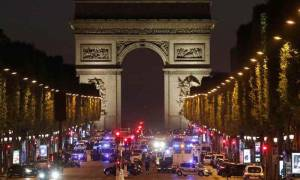 Επίθεση Παρίσι: Έτσι σκότωσαν εν ψυχρώ τον αστυνομικό