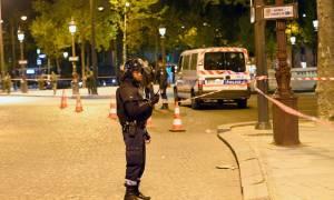 Επίθεση Παρίσι: Ο δράστης ήταν 39 ετών και γνωστός στις γαλλικές αρχές