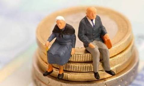 Συντάξεις Μαΐου 2017: Δείτε πότε θα μπουν τα χρήματα στην τράπεζα - Οι ημερομηνίες ανά Ταμείο