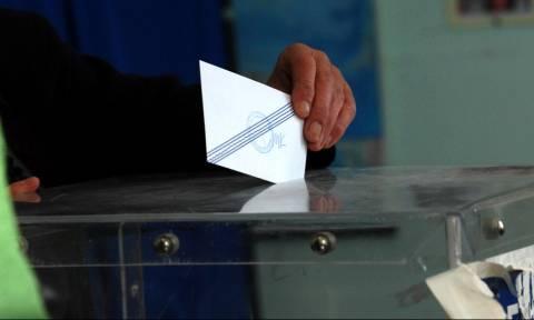 Δημοσκόπηση - κόλαφος για την κυβέρνηση: Σταθερά μπροστά η ΝΔ