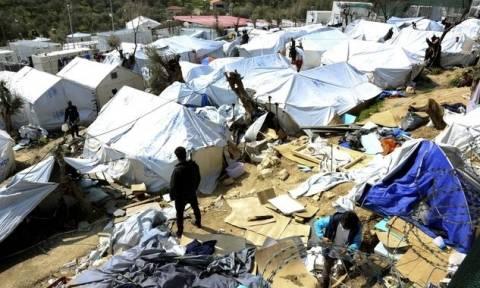 Μυτιλήνη: Για τρίτη ημέρα συνεχίζουν την απεργία πείνας οι 12 Σύροι πρόσφυγες
