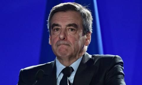 Γαλλία: Ο Φιγιόν ανακοίνωσε ότι αποσύρεται από την κούρσα των βουλευτικών εκλογών