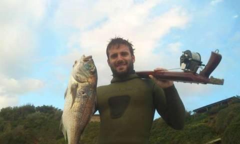 Θρήνος και στην Αμαλιάδα για τον 33χρονο ψαροντουφεκά