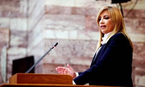 Ραγδαίες εξελίξεις: Έκτακτο συνέδριο στο ΠΑΣΟΚ ανακοίνωσε η Γεννηματά