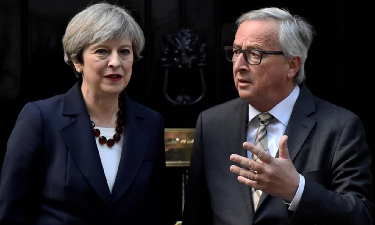 Τα «γυρίζει» τώρα η Τερέζα Μέι: Η Βρετανία θέλει στενές σχέσεις με την Ευρώπη