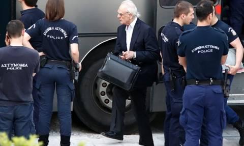 Εμπλοκή στην αποφυλάκιση του Άκη Τσοχατζόπουλου