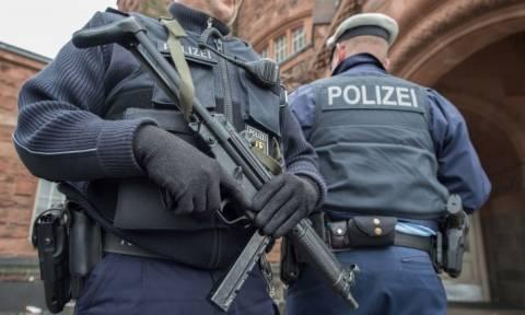 Γερμανός στρατιωτικός σχεδίαζε τρομοκρατική επίθεση προσποιούμενος τον πρόσφυγα