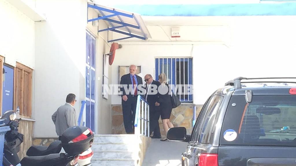 Σε θρίλερ εξελίσσεται η αποφυλάκιση του Άκη Τσοχατζόπουλου (pics&vids)