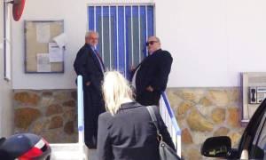 Έξαλλος o Άκης Τσοχατζόπουλος - Νέα εμπόδια στην αποφυλάκισή του (pics&vids)