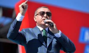 Τουρκία: Ο Ερντογάν «καθαρίζει» 3.974 δημόσιους λειτουργούς
