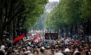 Πρωτομαγιά 2017 - Γαλλία: Οι Γάλλοι «ξεχύνονται» στους δρόμους σε προεκλογικό φόντο