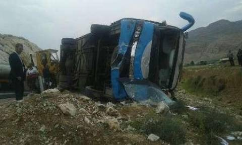 Τραγωδία: Ανατράπηκε λεωφορείο με Γερμανούς τουρίστες – Τουλάχιστον δύο νεκροί και 17 τραυματίες