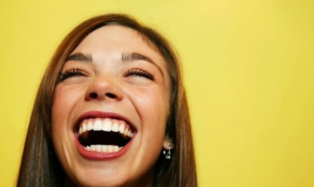 df5034fb92d Δέκα περίεργα trivia που σίγουρα δεν ήξερες για το γέλιο - Newsbomb