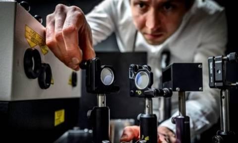 Κάμερα - «αστραπή» τραβά 5 τρισ. εικόνες το δευτερόλεπτο