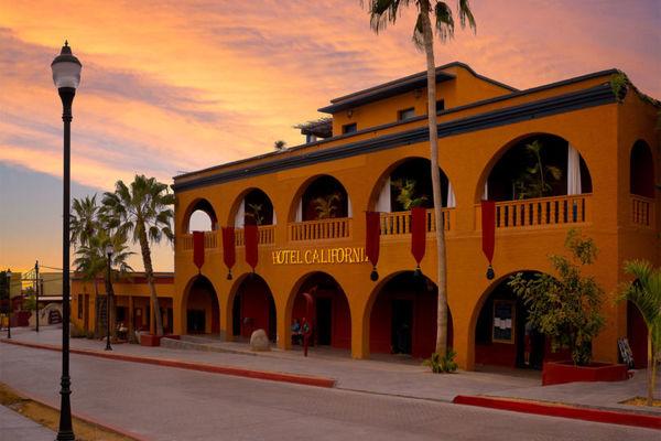 hotel california 810x540