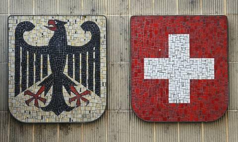 Σάλος: Οι Ελβετοί κατασκοπεύουν την εφορία της Γερμανίας