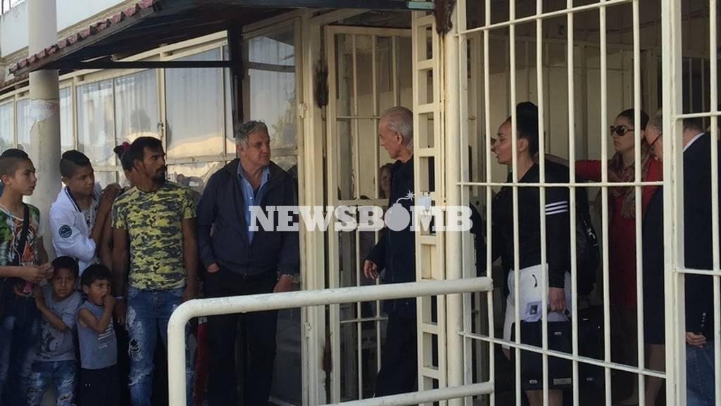 ΤΩΡΑ: Αποφυλακίστηκε ο Άκης Τσοχατζόπουλος (pics+vid)