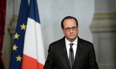 Γαλλία: Ο Ολάντ καλεί τους ψηφοφόρους να μην βάλουν πυρηνικά όπλα «στα χέρια όποιου να 'ναι»